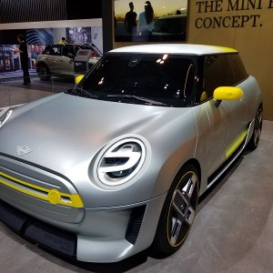 Mini Electric Concept 4