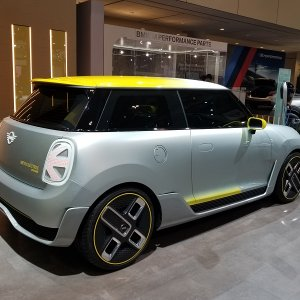 Mini Electric Concept 6